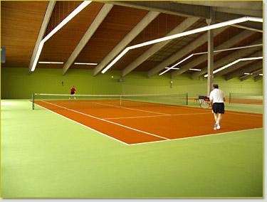 tennishalle_aussen.jpg
